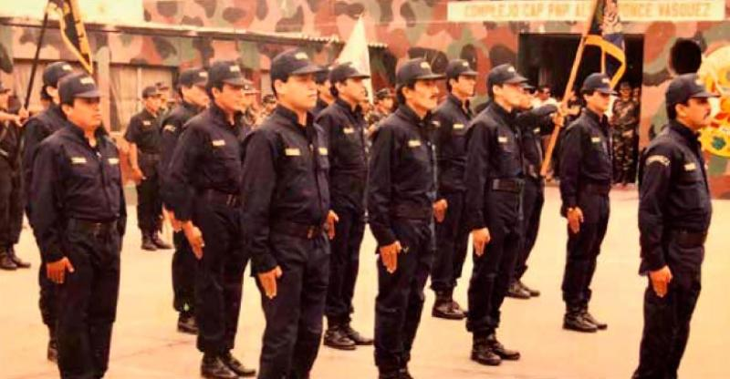 Lum reconoce a policías asesinados por terroristas